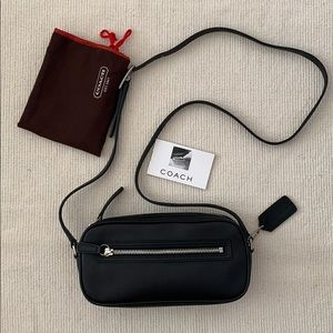 NEW Vintage Coach Leather Mini Camera Bag